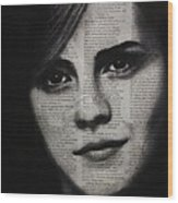 Art In The News 17-emma Watson Wood Print