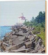 Ashtabula Lighthouse On Lake Erie Wood Print