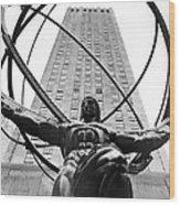 Atlas In Rockefeller Center Wood Print