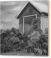 Autumn Barn - Upclose Cropped - Black And White Wood Print