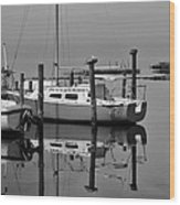 Avon Harbor Calm Reflection Bxw 1/13 Wood Print