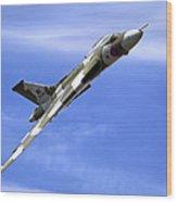 Avro Vulcan B2 Xh558 G-vlcn Wood Print