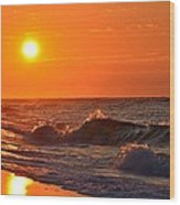 Awesome Red Sunrise Colors On Navarre Beach With Shore Waves Wood Print