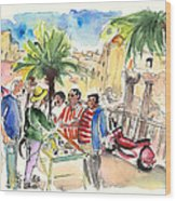 Bargaining Tourists In Siracusa Wood Print