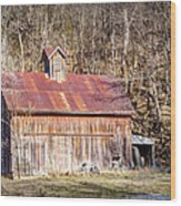 Barn By The Bluffs Wood Print