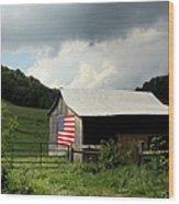 Barn In The Usa Wood Print