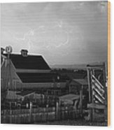 Barn On The Farm And Lightning Thunderstorm Bw Wood Print by James BO  Insogna