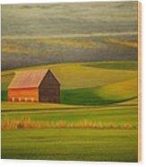 Barn On The Palouse Wood Print