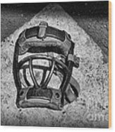 Baseball Catchers Mask Vintage In Black And White Wood Print