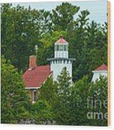 Bay Of Green Bay Lighthouse Wood Print