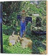 Bayou Crow Scarecrow At Bellingrath Gardens Wood Print