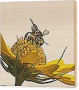 Bee Utiful Day Wood Print