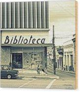 Biblioteca Cubana Wood Print