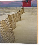 Big Red Lighthouse With Sand Fence At Ottawa Beach Wood Print