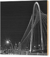Black And White Hunt-bridge-dallas Wood Print