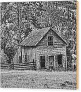 Black And White Old Merritt Farmhouse Wood Print