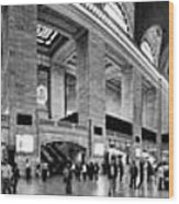 Black And White Pano Of Grand Central Station - Nyc Wood Print