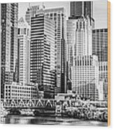 Black And White Picture Of Chicago At Lake Street Bridge Wood Print