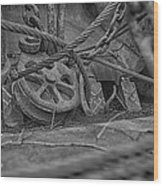 Black And White Pulley Wood Print