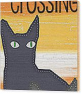 Black Cat Crossing Wood Print by Linda Woods
