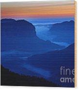 Blue Mountains Dawn Wood Print