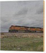 Bnsf Train 5833 B Wood Print