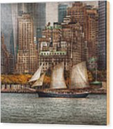 Boat - Governors Island Ny - Lower Manhattan Wood Print by Mike Savad