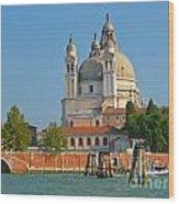 Boating Past Basilica Di Santa Maria Della Salute  Wood Print