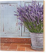 Bouquet Of Lavender In A Rustic Setting Wood Print