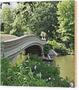 Bow Bridge And Rowboat Nyc Wood Print