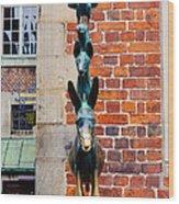 Bremen Musicians Statue Wood Print