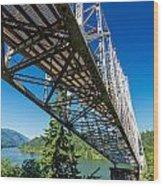 Bridge Over Columbia River Wood Print