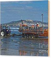Bringing In The Lifeboat Wood Print