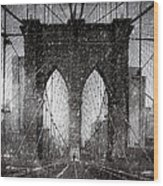 Brooklyn Bridge Snow Day Wood Print