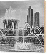 Buckingham Fountain - 1 Bw Wood Print