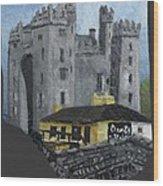 Bunratty Castle And Durty Nellys Wood Print
