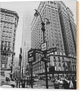 Busy Traffic Junction Of West 34th Street St And Broadway With Empire State Building Shrouded Mist Wood Print