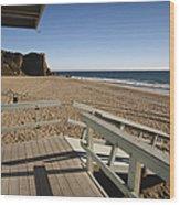California Lifeguard Shack At Zuma Beach Wood Print