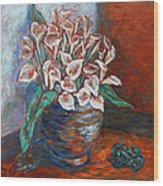 Calla Lilies And Frog Wood Print