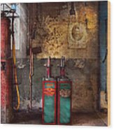 Car - Station - Gas Pumps Wood Print