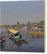 Cartoon - Multiple Number Of Shikaras On The Water Of The Dal Lake In Srinagar Wood Print