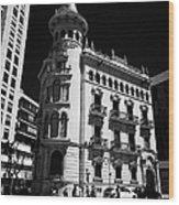 Casa De La Punxa Home To The Tarragona Chamber Of Commerce Catalonia Spain Wood Print