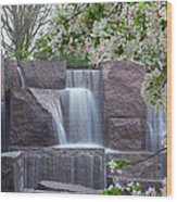 Cascading Waters At The Roosevelt Memorial Wood Print