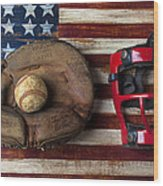 Catchers Glove On American Flag Wood Print