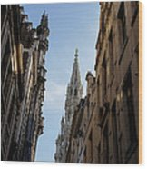 Catching A Glimpse Of Grand Place Brussels Belgium Wood Print