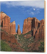 Cathedral Rock Moon Rise Color Wood Print by Dave Dilli