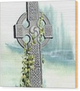 Celtic Cross With Ivy II Wood Print