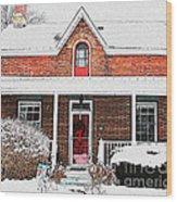 Century Home With Christmas Wreath Wood Print