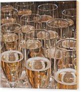 Champagne 02 Wood Print