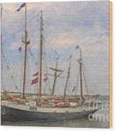 Charleston Ships Wood Print
